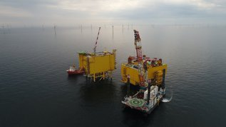 Converter platform and offshore wind turbines